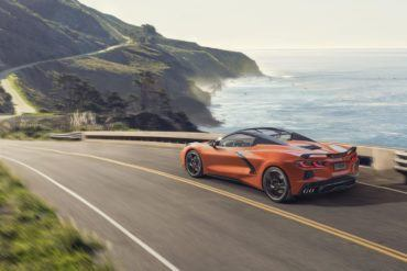 2020 Chevrolet Corvette Stingray Convertible 010