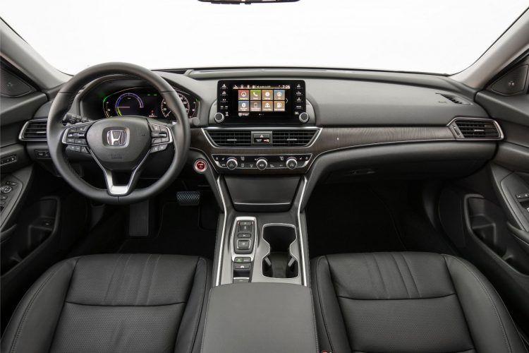 2020 Honda Accord Hybrid 018 750x500 - 2020 Honda Accord Hybrid: A Brief But Detailed Walk Around