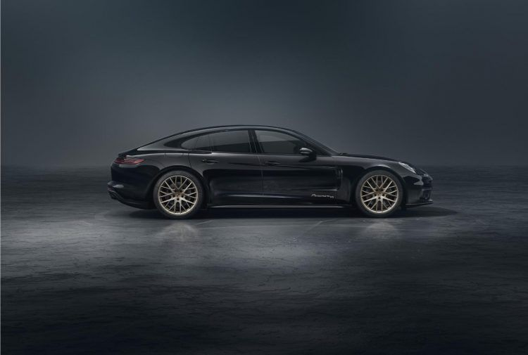 2020 Porsche Panamera 10 Year Edition 2