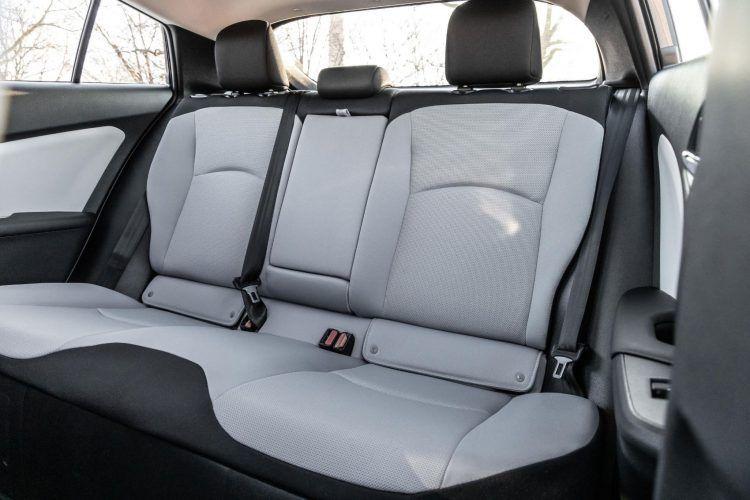 2020 Prius L Eco 05