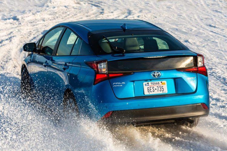 2020 Prius XLE AWD e Blue 031