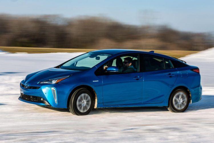 2020 Prius XLE AWD e Blue 04