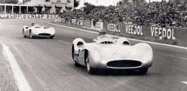 36 370x180 - Automoblog Book Garage: Formula 1 All The Races - The First 1000