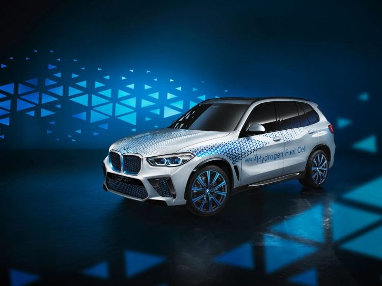 BMW i Hydrogen NEXT 750x562 - Hydrogen vs. Battery: The Electric Car Is Dead. Long Live The Electric Car!