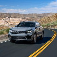 Front tracking 2 200x200 - 2020 VW Atlas Cross Sport: How It's Equipped & What To Expect