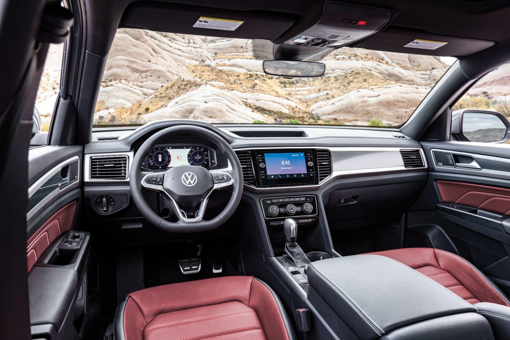 2020 VW Atlas Cross Sport interior layout.
