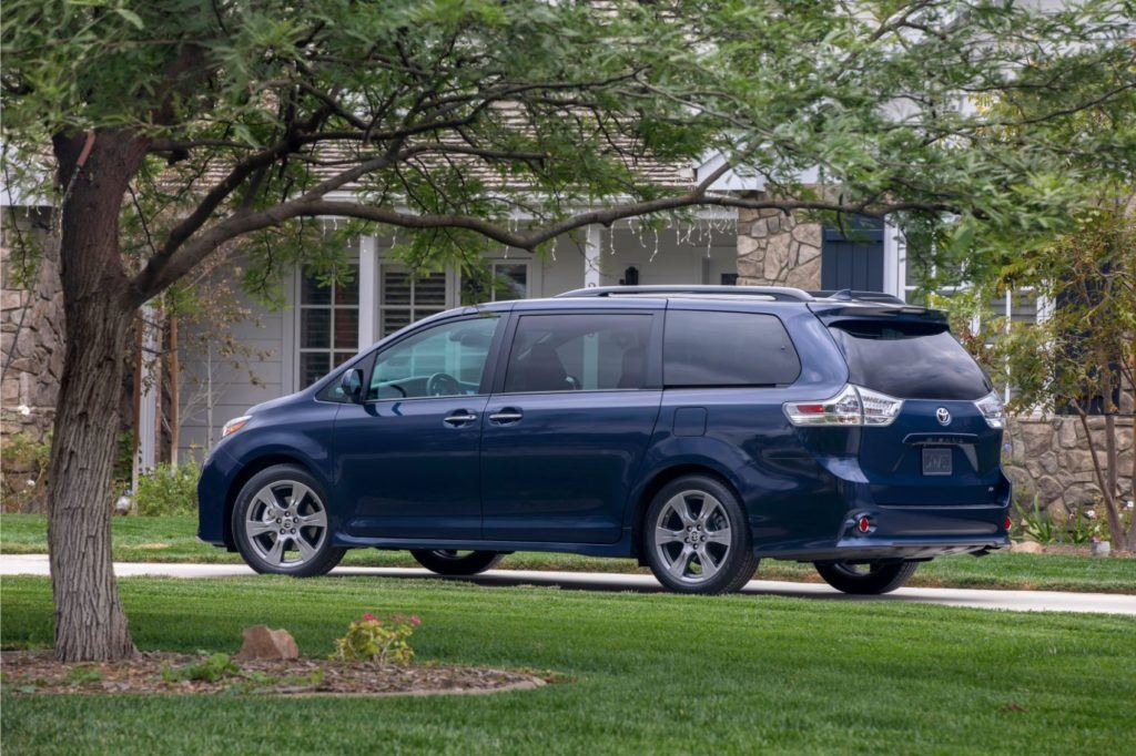 2020 Toyota Sienna Review: A Winner For Families? We Drove It To Find Out 17