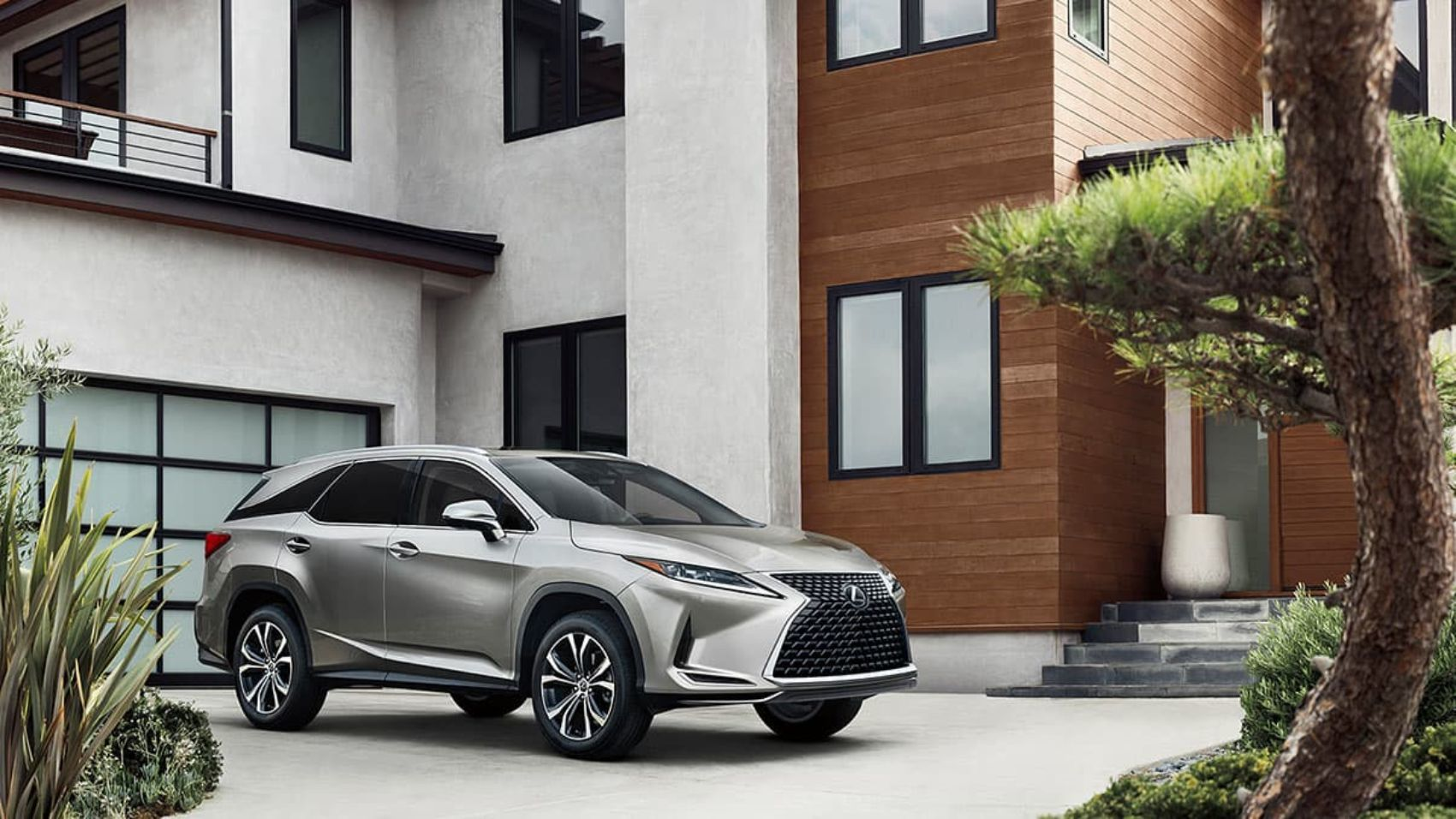 2020 Lexus RX 350L Review: A Comfortable Family Hauler