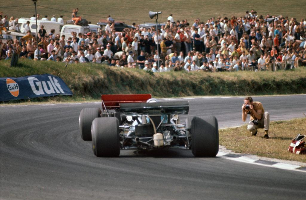 1970 British Grand Prix, Brands Hatch, England. July 16th - 18th1970. Jochen Rindt (Lotus 72C-Ford) in 1st position. Ref: 70 GB 64. World Copyright: LAT Photographic. From Lotus 72 by Pete Lyons, published by Evro.