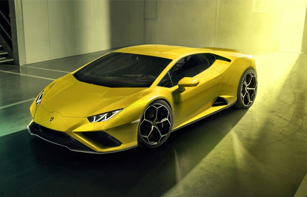 Lamborghini Huracán EVO RWD: New Breed For This Italian Job 21