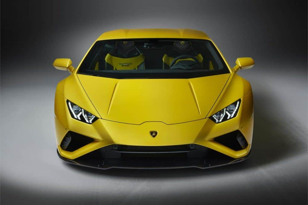 Lamborghini Huracán EVO RWD: New Breed For This Italian Job 24