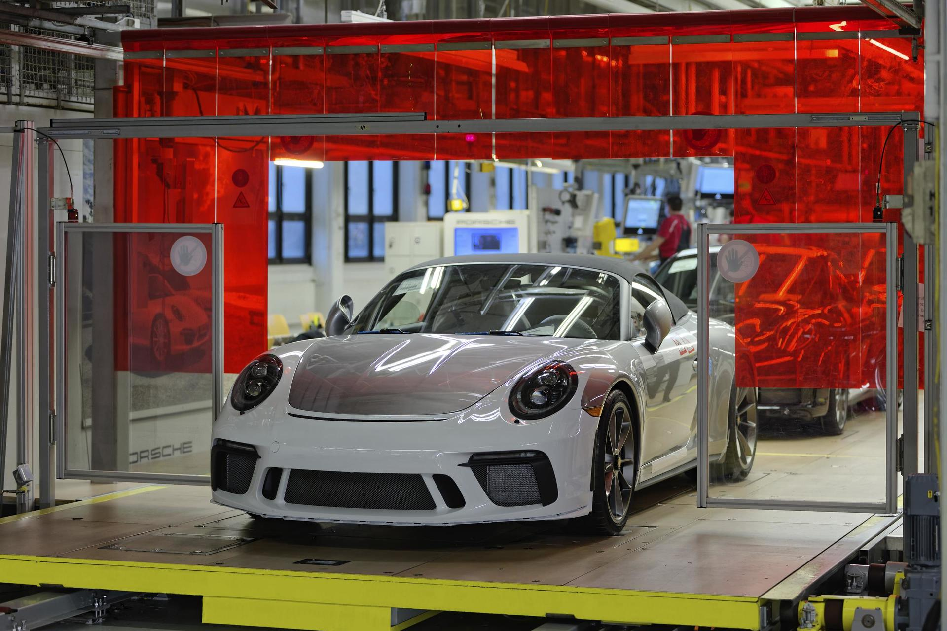 An Era Ends: Final Porsche 911 From The 991 Generation Assembled