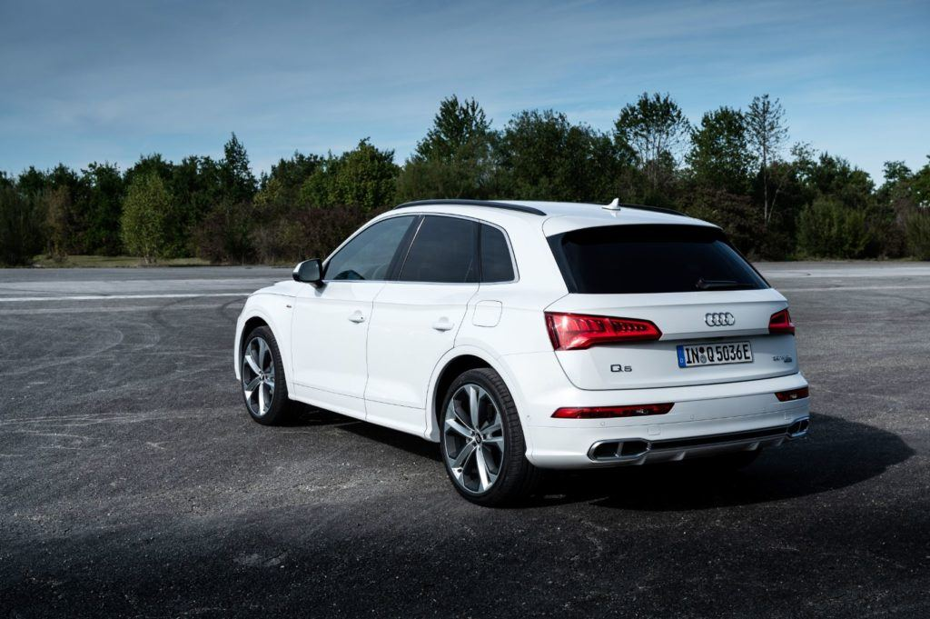 2020 Audi Q5: New Plug-In Hybrid Option Now Available 27