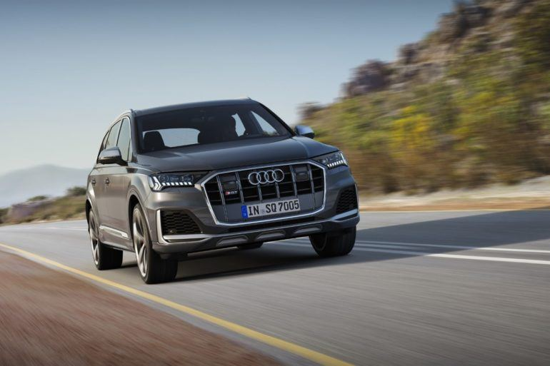 2020 Audi SQ7: A Detailed Look Inside This Fast Seven-Seater! 26