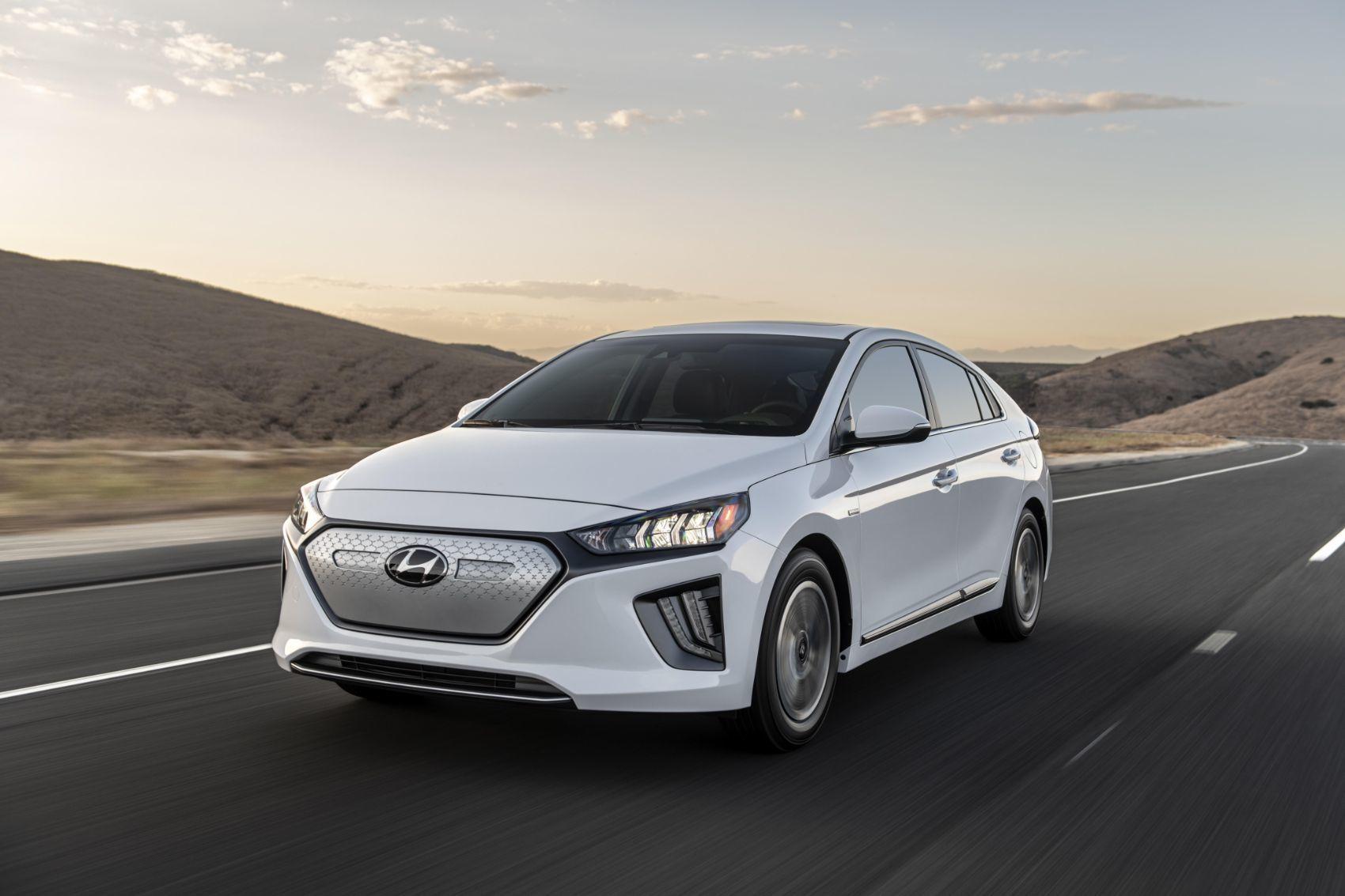 2020 Hyundai Ioniq Electric 2