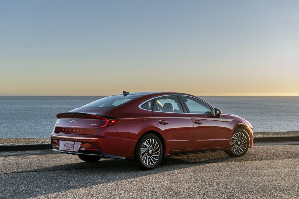 2020 Hyundai Sonata Hybrid: New King of Hybrid Sedans? 18