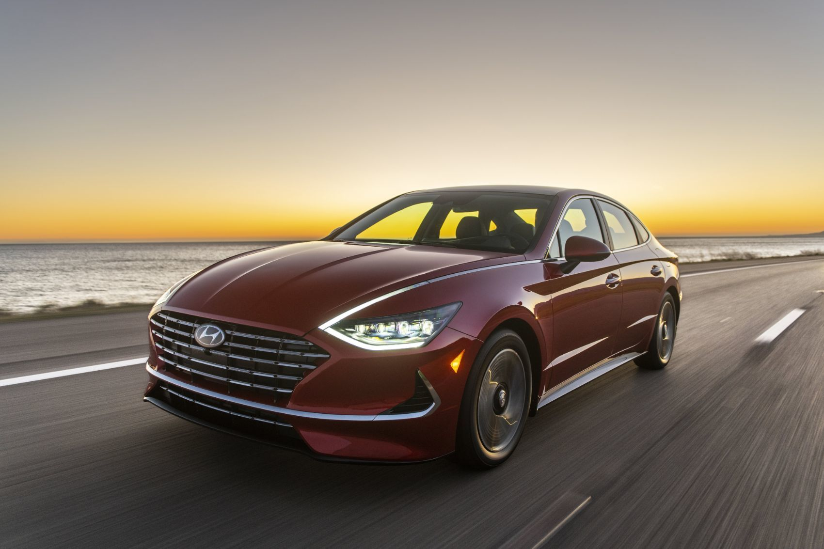 2020 Hyundai Sonata Hybrid: New King of Hybrid Sedans? 15