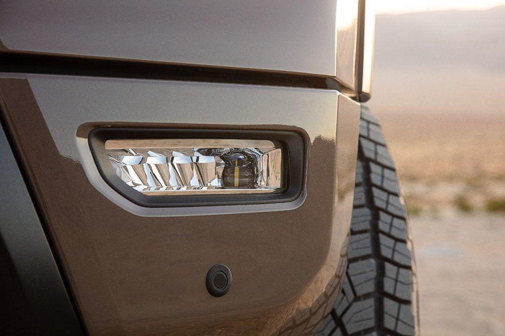 2020 Nissan Titan: Can Nissan Impress Loyal Truck Buyers? 24