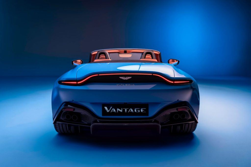 Aston Martin Vantage Roadster: This Drop Top Looks Really Fun! 18
