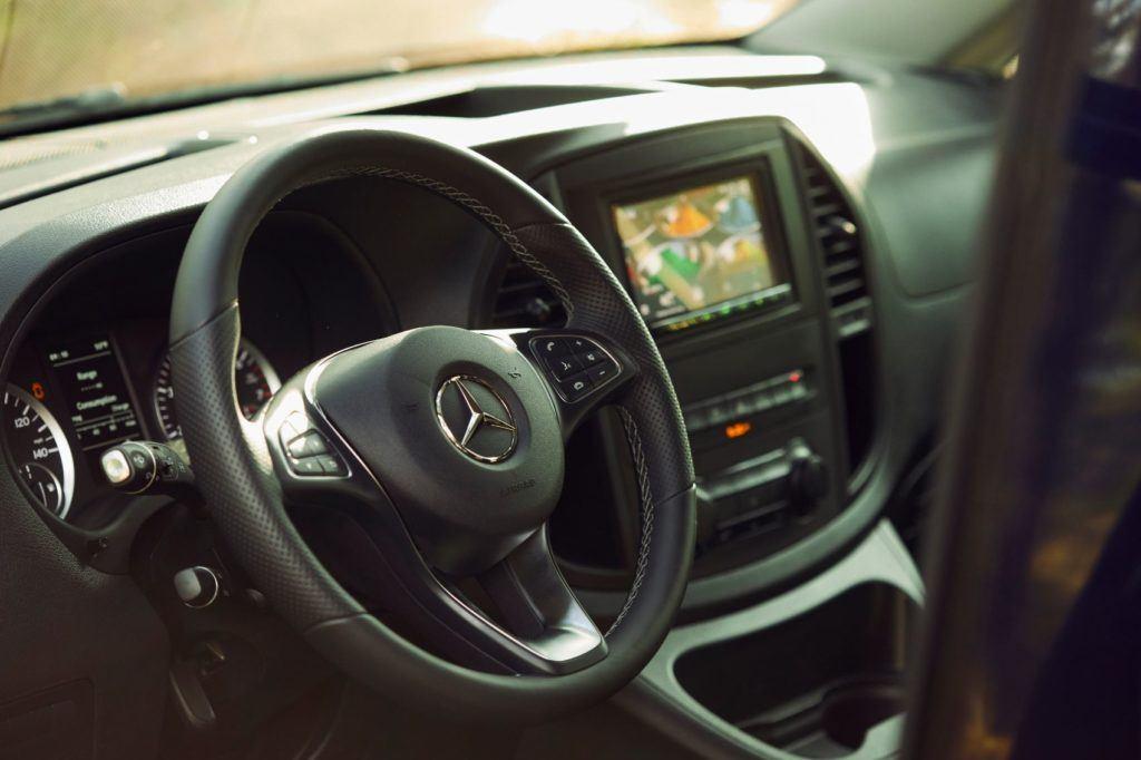 Mercedes Benz Weekender 6