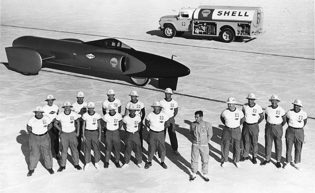 Craig Breedlove and the Spirit of America crew. Photo: Tom Carroll. From Speed Duel: The Inside Story of the Land Speed Record in the Sixties by Samuel Hawley, with permission from Firefly Books Ltd.