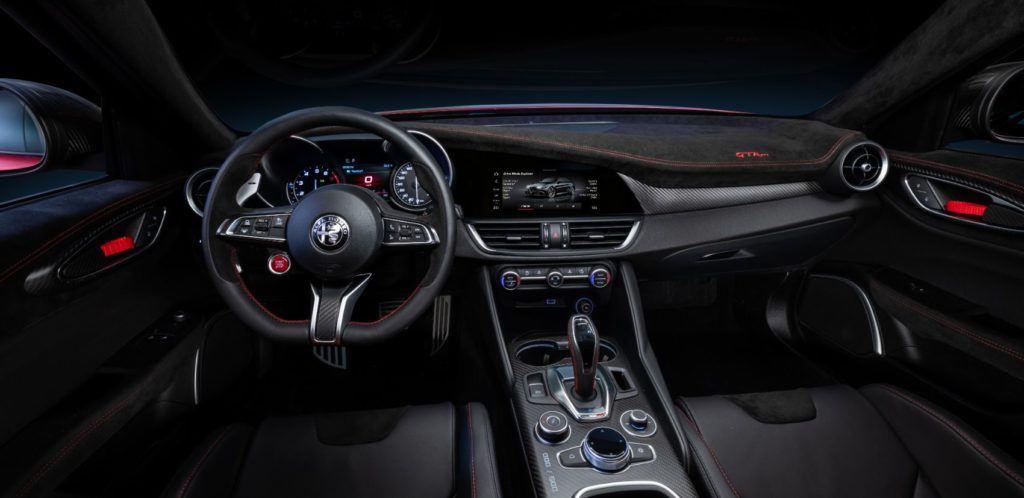 Alfa Romeo Giulia GTA interior layout.