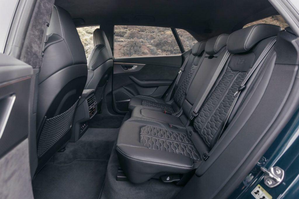 Audi RS Q8 12
