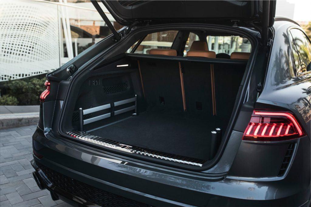 Audi RS Q8 29