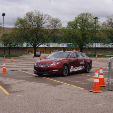 Chevy eCOPO Camaro Concept: Drag Racing Goes Electric! 32