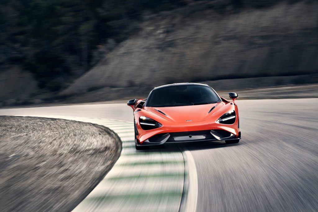 McLaren 765LT 18