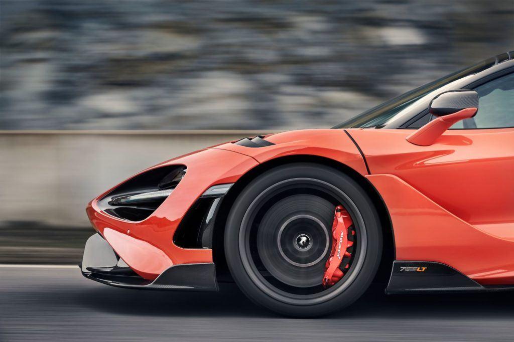 McLaren 765LT 21