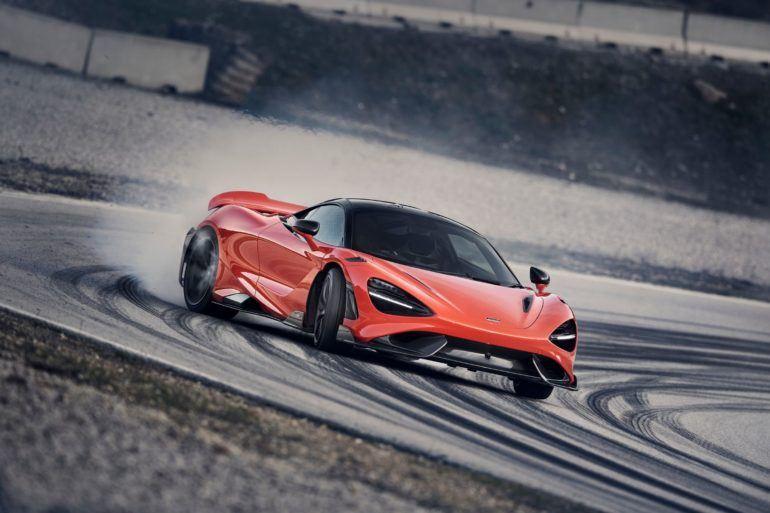 McLaren 765LT 24