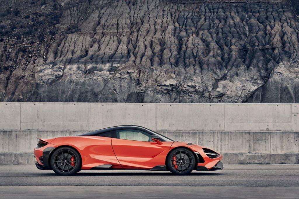 McLaren 765LT 25