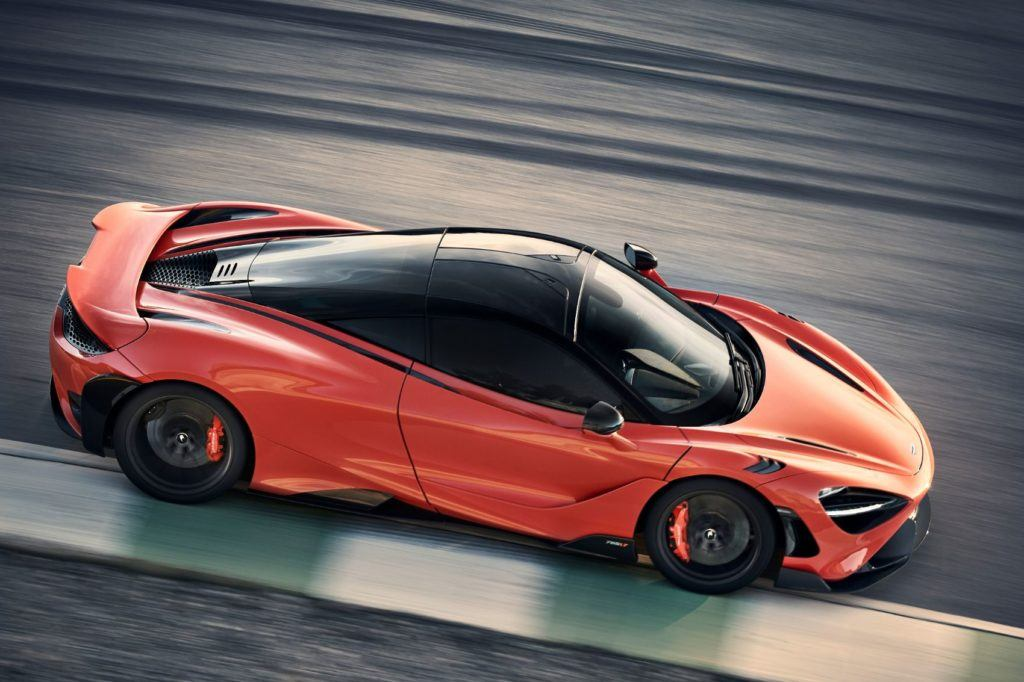 McLaren 765LT.