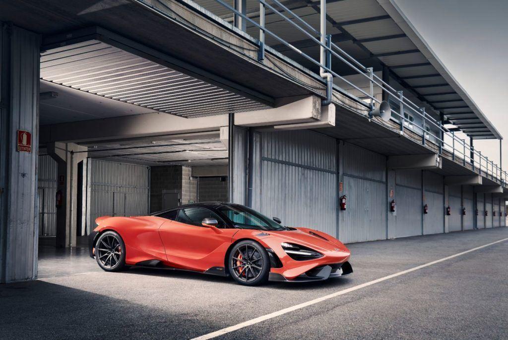 McLaren 765LT 31