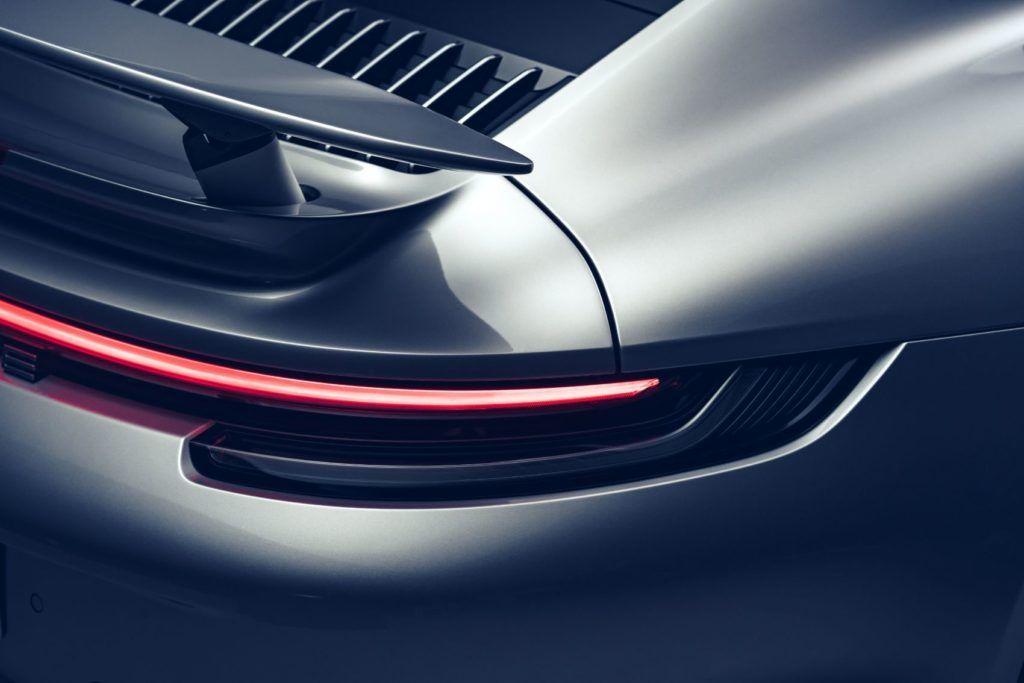 Porsche 911 Turbo S 25