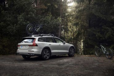 2020 Volvo V60 Review: Better Than An SUV? It Just Might Be! 6