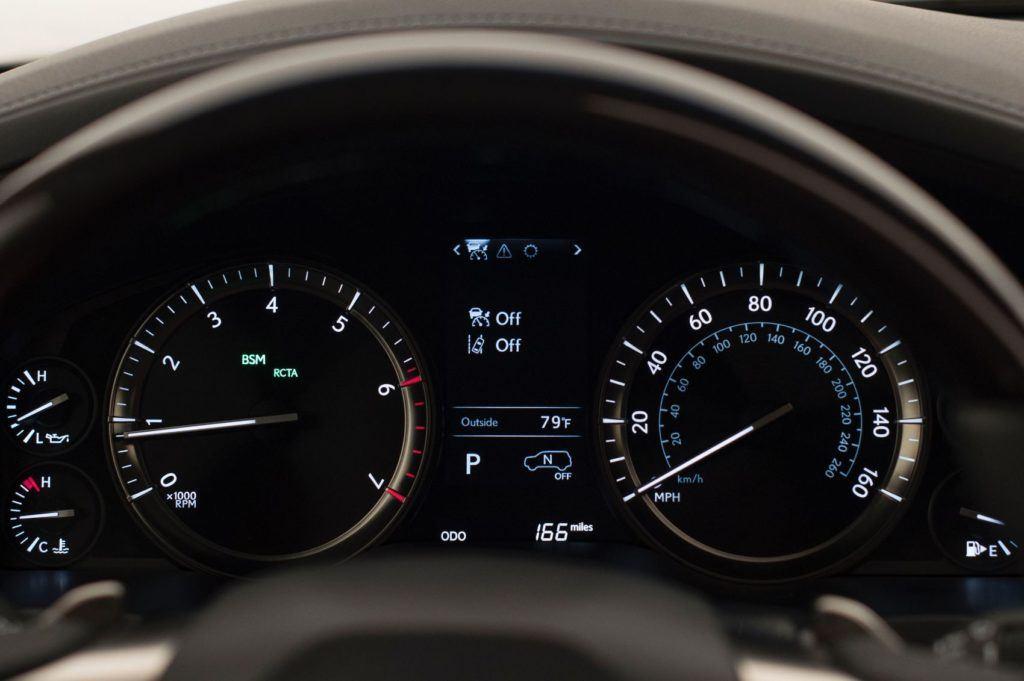 2020 Lexus LX 570 15