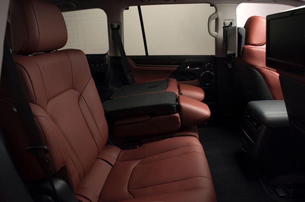 2020 Lexus LX 570 25
