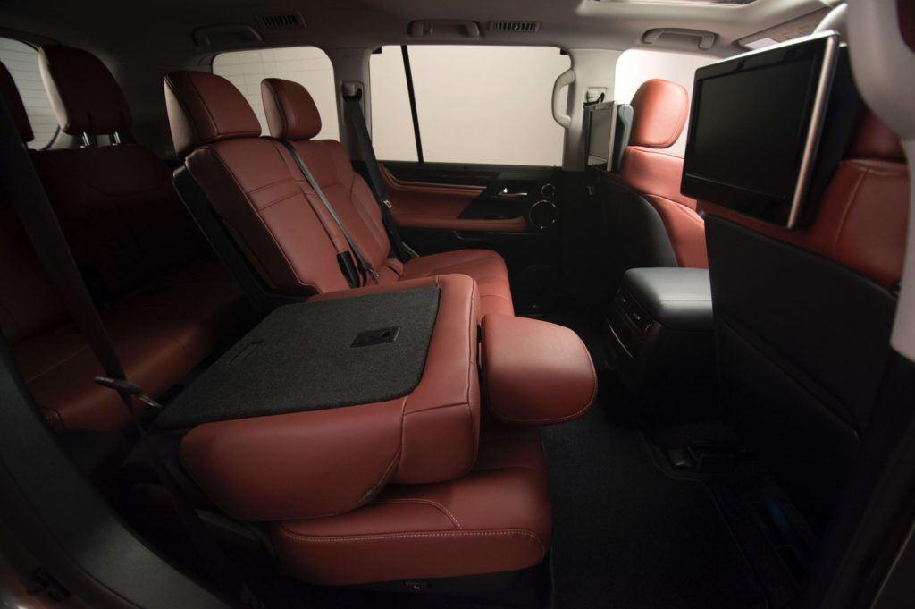 2020 Lexus LX 570 26