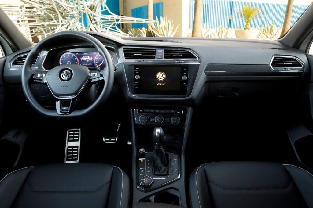 2020 VW Tiguan interior layout.