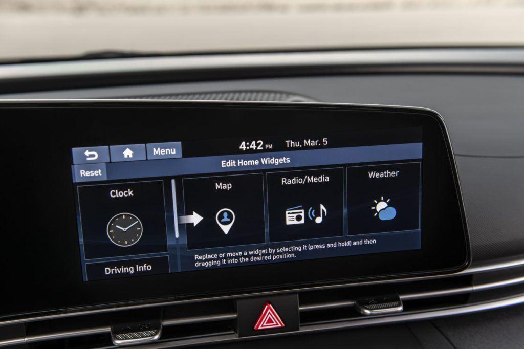 2021 Hyundai Elantra 12