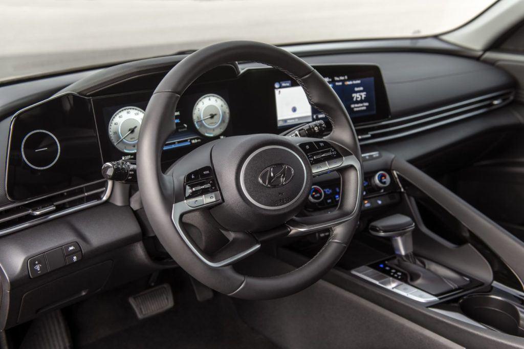 2021 Hyundai Elantra 3