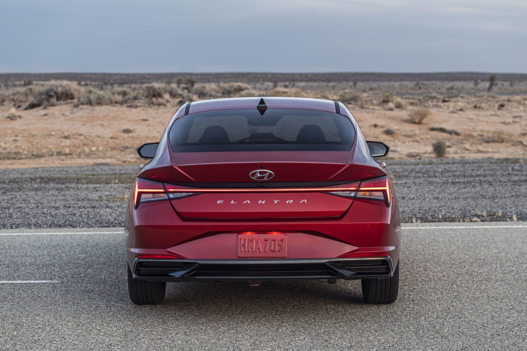 2021 hyundai elantra when a compact sedan grows up