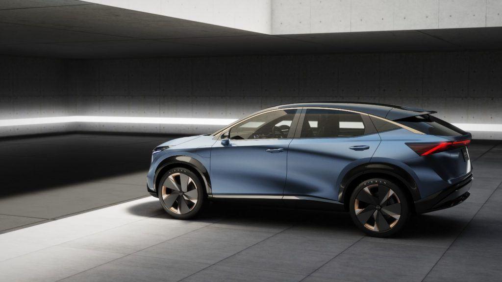 Nissan ARIYA Concept 21