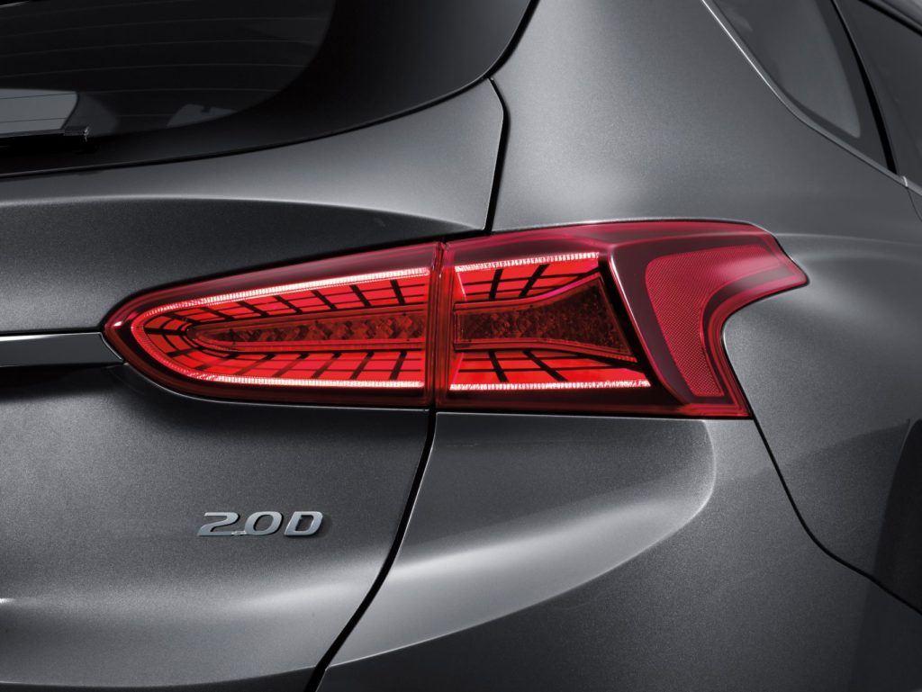 2020 Hyundai Santa Fe 4