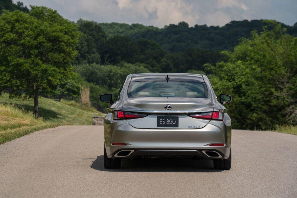 2020 Lexus ES 300h 6