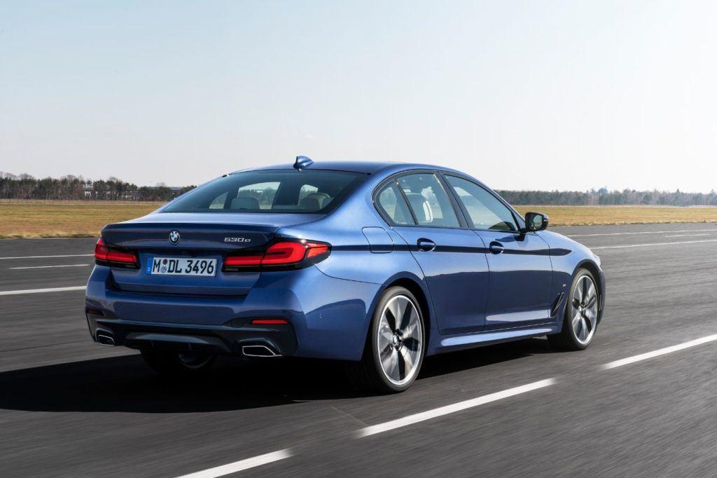 2021 BMW 5 Series 14