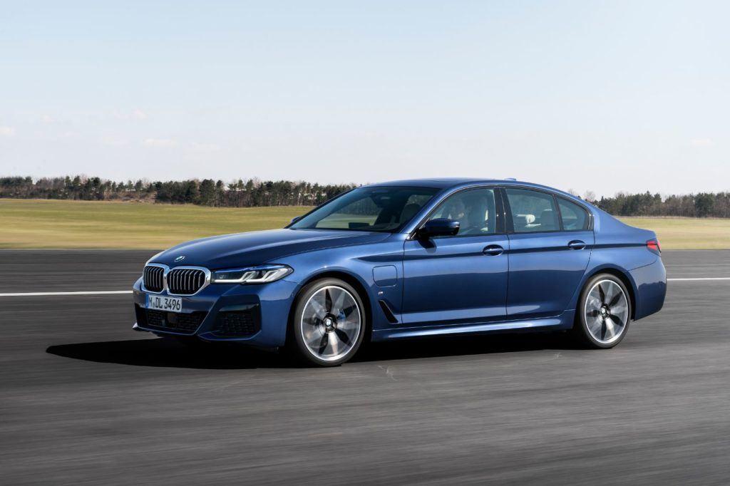 2021 BMW 5 Series 15