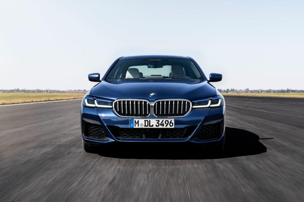 2021 BMW 5 Series 16
